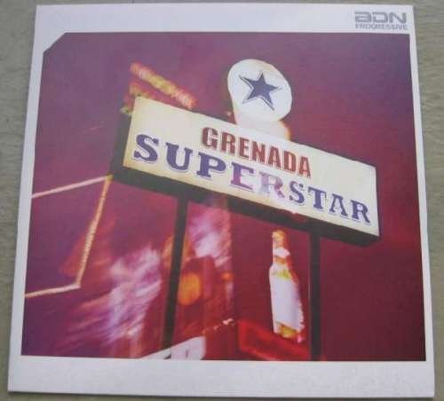 Bild 1: Grenada, Superstar (2002)