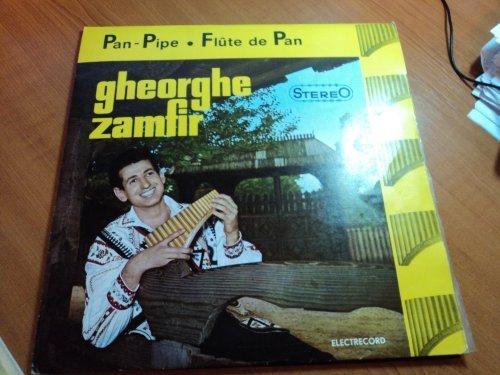 Bild 1: Gheorghe Zamfir, Pan-pipe/Flute de Pan (ROM)