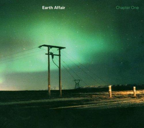 Bild 1: Earth Affair, Chapter one (2004)
