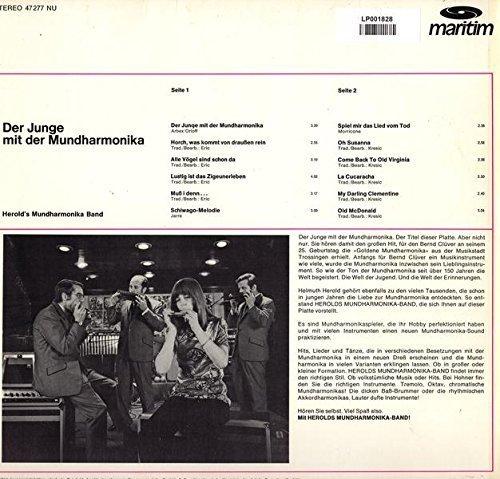 Bild 2: Herold's Mundharmonika-Band, Der Junge mit der Mundharmonika