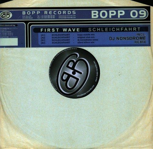 Bild 3: First Wave, My inner shores/Schleichfahrt (2 versions each, 2001)