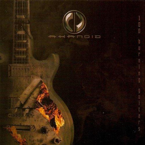 Bild 1: Akanoid, 100 burning guitars