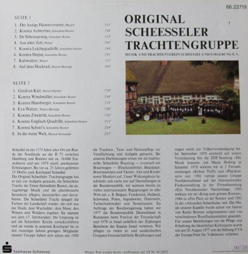 Bild 2: Original Scheesseler Trachtengruppe, II