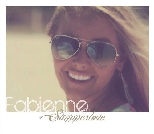 Bild 1: Fabienne, Summerlove (Radio/Acoustic)