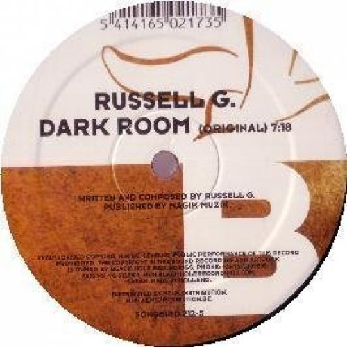 Bild 1: Russell G., Dark room