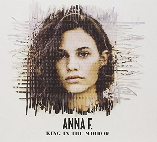 Bild 1: Anna F., King in the mirror